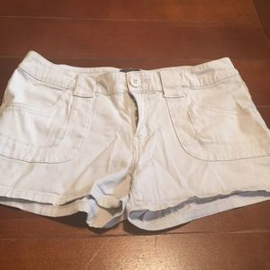 BeBop Shorts - Cotton shorts with front pockets.
